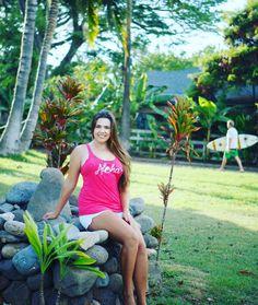 Ladies Vintage Aloha Bee Swell Tank