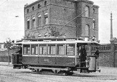 1901- Tw 1141 der Grossen Berliner Strassenbahn vor dem Verwaltungsgebaeude des Betriebshofs XIII in der Westfaelischen Strasse (Halensee)
