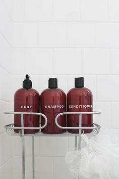 diy shampoo bottles - love this! Keeps things looking neat and tidy in the shower. Especially nice for gues bath too.