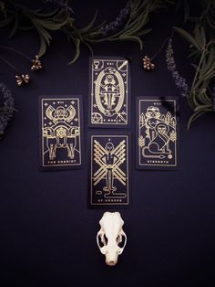 A minimalist iconographic gold foil tarot card deck printed on sleek, matte, waterproof recycled plastic. Comes with tarot companion tarot app for all devices. Tarot Cards For Sale, Wiccan, Witchcraft, Golden Thread Tarot, Tarot Significado, Tarot Learning, Tarot Card Meanings, Tarot Card Decks, Tarot Spreads
