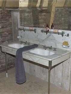 Oude wastafels - Oud sanitair Sink, Vanity, Bathroom, Interior, Home Decor, Sink Tops, Dressing Tables, Washroom, Vessel Sink