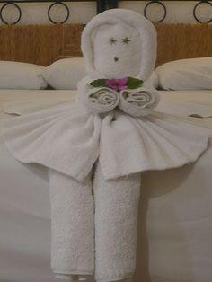 Towel art. I want one!!