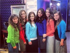 Duggar Family Blog: Updates and Pictures Jim Bob and Michelle Duggar 19 Kids and Counting: Duggars in the GMA Social Square