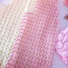 Hand Knitting Women's Sweaters Knitted Women's Vest, Cardi. Hand Knitting Women's Sweaters Knitted Women's Vest, Cardigan, Sweater Diy Crafts Knitting, Diy Crafts Crochet, Easy Knitting Patterns, Knitting Designs, Crochet Motif, Crochet Stitches, Knit Crochet, Guerilla Knitting, Knit Vest Pattern