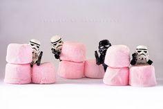 Marshmallows battle?! ;)