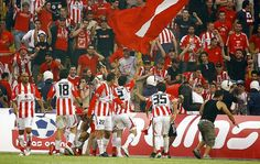 Olympiacos Ronald Mcdonald, Sports, Fictional Characters, Art, Hs Sports, Art Background, Kunst, Performing Arts, Fantasy Characters