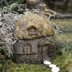 Miniature Thatched Roof Fairy Cottage - Fairy Garden Miniatures - Dollhouse Miniatures - Doll Making Supplies - Craft Supplies