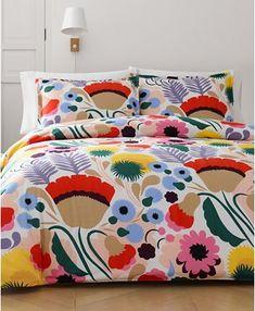 Just 28 Unique Bedding Sets That'll Spruce Up Your Room Twin Comforter Sets, Duvet Sets, Duvet Cover Sets, King Comforter, Tie Dye Bedding, Bed Styling, Marimekko, Luxury Bedding, Unique Bedding