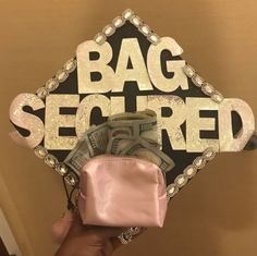 45 Newest Ideas With Your Graduation Cap In 2020 – Page 7 Funny Graduation Caps, Graduation Cap Designs, Graduation Cap Decoration, Graduation Diy, Nursing Graduation, High School Graduation, Graduation Photoshoot, Grad Hat, Cap Decorations