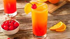 Don your wet suit and catch the waves with this tropical ginny take on a tequila sunrise, made with marine GIN-spired Manly Gin and zesty and sweet pineapple juice. Bourbon Mixed Drinks, Tequila Mixed Drinks, Mixed Drinks Alcohol, Drinks Alcohol Recipes, Alcoholic Drinks, Tequila Tequila, Whiskey Drinks, Bourbon Whiskey, Yummy Drinks