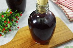 How to Make Blackberry Brandy. If you have access to a blackberry patch in the summertime or autumn, you'll soon have more blackberries than you know what to do with. Since you may be tired of eating and baking with them, try turning your. Homemade Brandy Recipe, Homemade Liqueur Recipes, Homemade Wine, Blackberry Brandy Recipes, Best Blackberry, Brandy Liquor, Wine Yeast, Dessert Drinks, Yummy Drinks