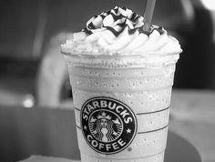 8 Awesome Drinks from Starbucks Secret Menu! Cake Batter Frappuccino & More! Starbucks Frappuccino, Café Starbucks, Comida Do Starbucks, Bebidas Do Starbucks, Starbucks Secret Menu, Starbucks Gift Card, Starbucks Caramel, Vanilla Coffee Frappuccino Recipe, Starbucks Seattle