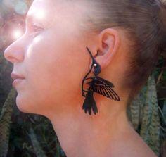 Brinco Beija-Flor  rubber jewelry , jóias de borracha