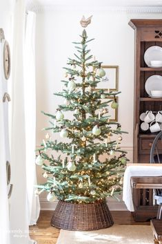 A Partridge In A Pear Tree – Our Dining Room Tree