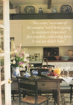 Antique American farm table and rush seat chairs, hooked rug and blue and white dishware create a classic country look. Interior designer John B. Maurer, American Homestyle & Gardening, Aug/Sept 1995