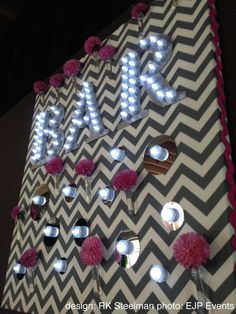 LED Light Letter sign | The Portland Wedding Coordinator blog