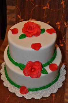Roses bday cake