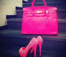 bag, zapatos, luxury, fashion, pink, girl, jullnard, accessories, colorful makeup, cute, watch, bracelet, diamond, hand, chanel