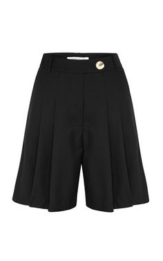 Anna Quan's 'Oscar' shorts are tailored from a lightweight stretch wool-blend into a flattering high-waisted silhouette that's punctuated with neatly pressed pleats along the front. Wear it as a set with the label's matching 'Sienne' blazer. British Indian, Leather Shorts, Short Outfits, Uganda, Wool Blend, Cool Designs, Style Inspiration, Blazer, Siena