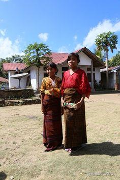 Girls wearing traditional sarong, Ende