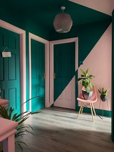 Colour & Pattern Filled Eclectic Home - Saara McLoughlin - The Interior Editor House Colors, Wall Colors, Colour Blocking Interior, Loft Spaces, Interior Decorating, Interior Design, Eclectic Decor, Quirky Decor, Colorful Interiors