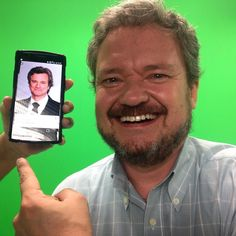 """Colin Firth inglês e o Colin Firth brasileiro na gravação de """"Pessoas com eficiência"""". Certo @paullovieira ?!"""