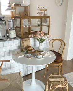 Bakery Interior, Cafe Interior Design, Cafe Design, Bakery Shop Design, Coffee Shop Aesthetic, Minimalist Room, Aesthetic Room Decor, Nature Aesthetic, Condo Living