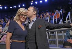 Donnie Wahlberg and Jenny McCarthy tie the knot - PCHFrontpage | Local and National News, Search and Daily Instant Win Opportunities! - News