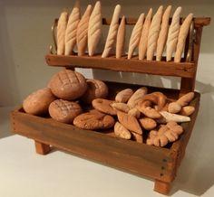La crèche de Colette du Var - des pains