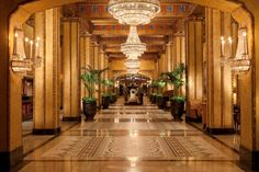 The Roosevelt Hotel - A Waldorf Astoria Hotel in New Orleans (Tony has enough Hilton points for one night. Pay for second night? New Orleans Hotels, Orleans Restaurants, Hotels And Resorts, Best Hotels, Luxury Hotels, Urban Deco, Astoria Hotel, Free Hotel, Waldorf Astoria