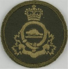 Royal Canadian Army Pay Corps Green Bush Hat Badge Other Ranks' cap badge for sale Queen Elizabeth Crown, Queen Crown, Army Pay, Canadian Army, Military Insignia, Commonwealth, Armed Forces, Badges, Cool Pictures