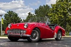 Triumph my dad had this car and in red as well. Unfortunately I've only seen pictures because the salt air in Hawaii did damage beyond repair. Triumph Motor, Triumph Tr3, Triumph Spitfire, Retro Cars, Vintage Cars, Antique Cars, Car Museum, Sports Car Racing, Sweet Cars