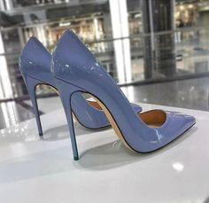 Stiletto #shoes #shoesaddict #vanessacrestto #fashion #style #estilo #zapatos #sandals #stiletto