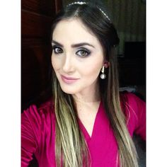 #make and #hair ❤️ Combo se vira nos 30, clássico e fácil de fazer!  #makeup #maquiagem #ootd #ootn #wedding #inspo #instalike #instalook #inspiração #instAfashion #headband #close #look #fashion #fashionismo #fashiontips #fashionblogger #selfie #follow #me #cute #nice