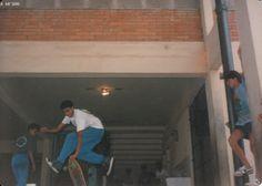 Sergio Estaca, em 1989- Campeonato de street na quadra do Colegio Jd. California em Barueri. Quem é do skate, é...