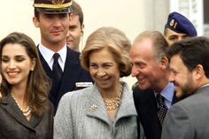 Avec-Juan-Carlos-Sofia-et-Felipe-en-Espagne-1999 queen rania