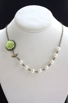 Green Rose Flower Ivory Pearls Necklace. Bridesmaids by Marolsha