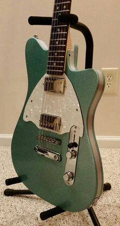 November 2014 Guitar of the Month Contest Submissions