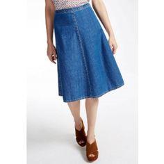 Ultramarine Plata Denim Skirt (5.350 RUB) ❤ liked on Polyvore featuring skirts, weekend max mara, blue skirt, blue denim skirt, knee length denim skirt and denim skirt