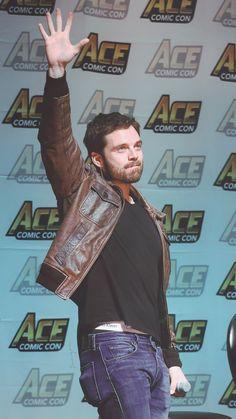 """liukning:  """"ACE Comic Con  """"  PANTIES!!!"""