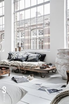 Mesele   Istanbul It's my visual life : pale interior Love this so much