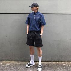 In Fashion Mens Shoes Korean Street Fashion, Korea Fashion, Mens Fashion Quotes, Most Stylish Men, Le Male, Womens Fashion Stores, Dressed To Kill, Urban Fashion, Street Wear