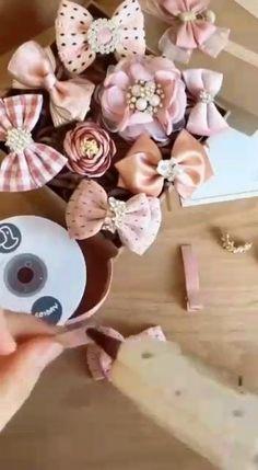 Ribbon Art, Diy Ribbon, Ribbon Crafts, Ribbon Bows, Paper Crafts, Diy Arts And Crafts, Creative Crafts, Ribbon Embroidery Tutorial, Ribbon Flower Tutorial