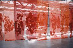 A net curtain installation by Dutch textile artist Claudy Jongstra Art Fibres Textiles, Textile Fiber Art, Textile Artists, Fabric Installation, Art Installations, Women Artist, Art Populaire, Dutch Artists, Stage Design