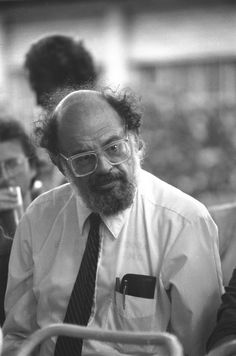 Allen Ginsberg Allen Ginsberg, Beat Generation, Lard, People Of Interest, Book Authors, Famous Faces, Typewriter, Writers, Beats