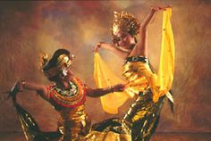 Oleg Tambulilingan dance. These 2 ladies are my dearest friends I dance with. What a gorgeous image of them!