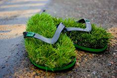 사진은 권력이다 :: 푹신한 잔디의 느낌을 항상 느낄 수 있는 잔디 샌들