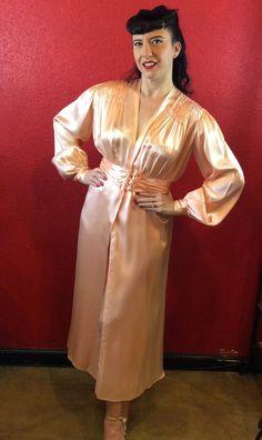 1930s 40s Peach Silk Satin Robe Peignoir by THEGIRLCANTHELPITUSA