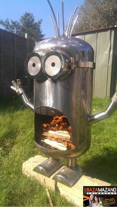 Jaw-Dropping Lawn Decorations for the Yard That Has Everything This fire-breathing minion fire pit is sure to light up your back yard.This fire-breathing minion fire pit is sure to light up your back yard. Metal Fire Pit, Diy Fire Pit, Fire Pits, Metal Projects, Welding Projects, Minion Fire Pit, Bois Diy, Fire Pit Designs, Scrap Metal Art