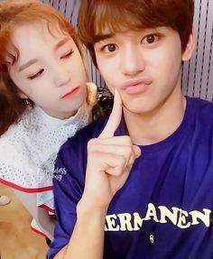 Lucas Nct, Kpop Couples, Otp, Kpop Groups, K Idols, Music Artists, Girlfriends, Fangirl, Photoshop